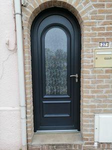 Porte d'entrée PVC plaxé gris anthracite